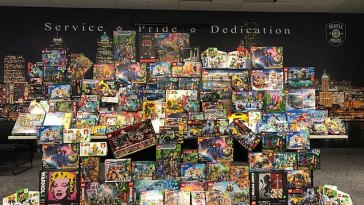 Seattle cops bust thrift store owner for running Lego ring
