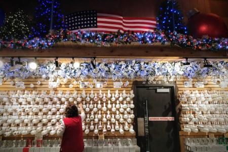 Bronner's Christmas Wonderland Frankenmuth