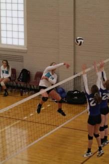 Oahe Elite volleyball 16s in Jamestown - Elena Svingen