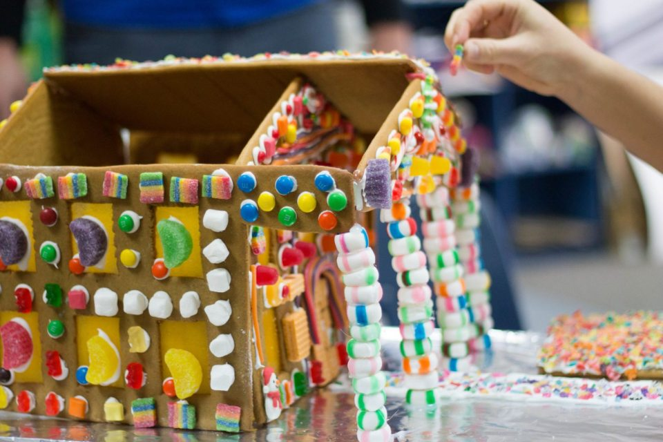 gingerbread homes-14