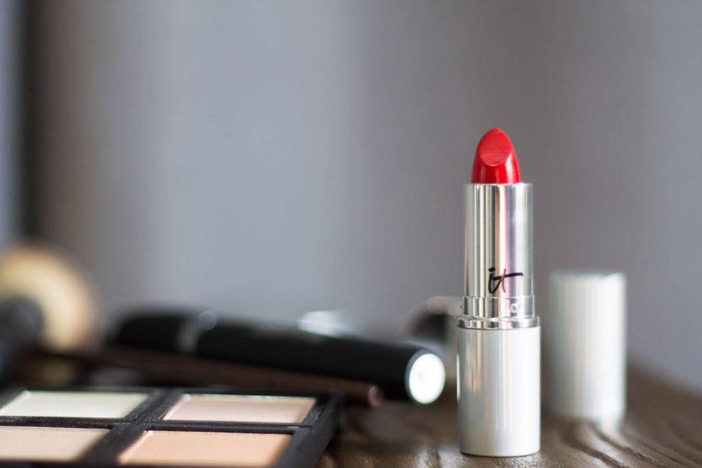 Fresh Winter Makeup - I love this easy , fresh, no make up makeup look!