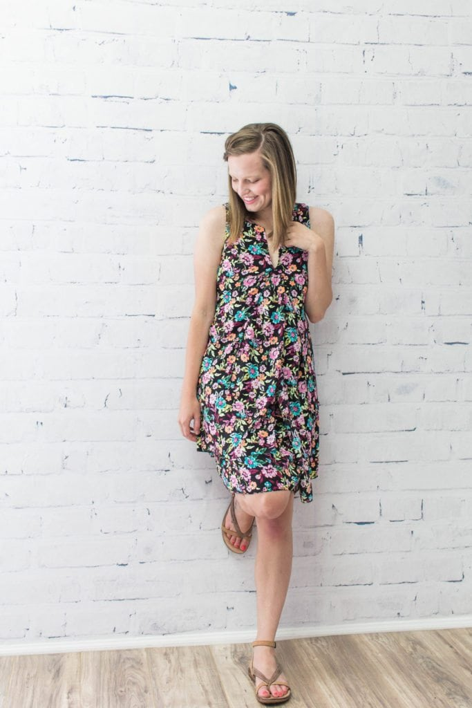 What to wear to a summer wedding! Also make sure to pack @crest