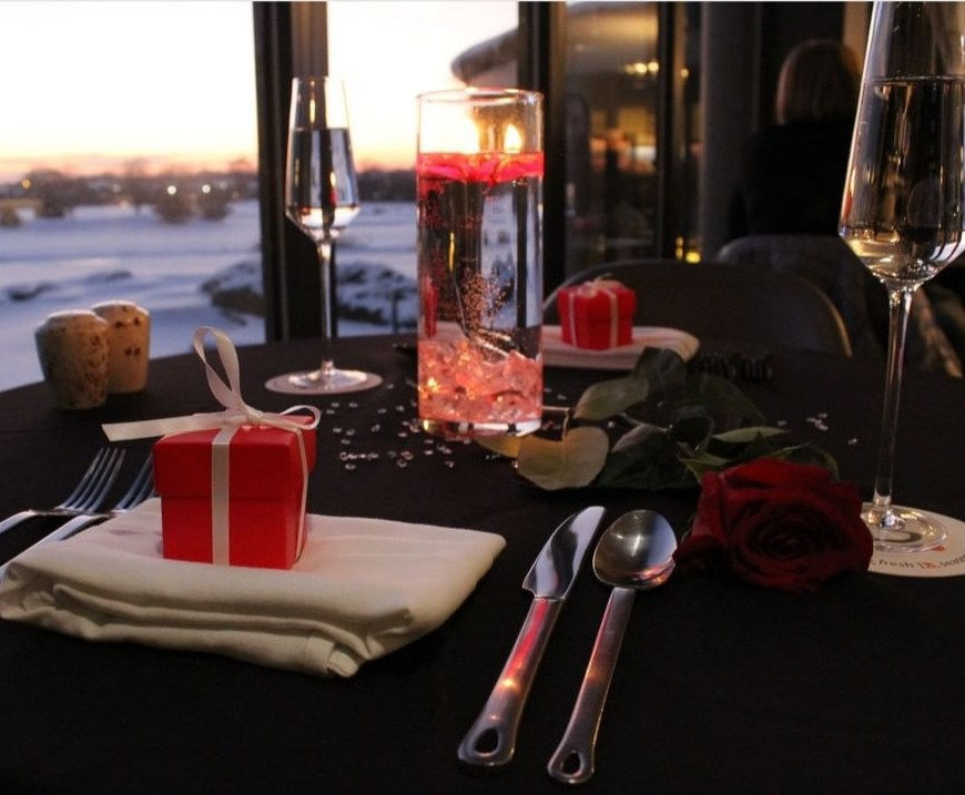 Valentine's Day at Oak Brook Hills Resort Chicago