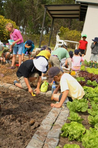 Grade-1-Gardening-Outing (4)