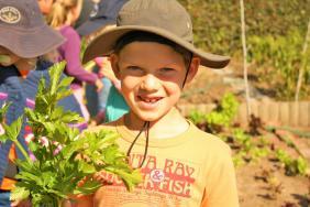 Grade-1-Gardening-Outing (65)