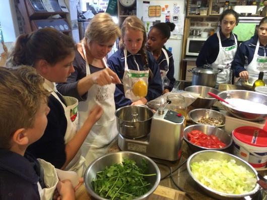 Grade6-Kilzers-Kitchen (14)