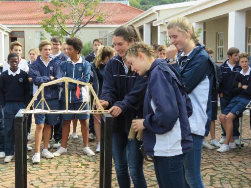 2015_Anna Reid, Rebecca Utian and Emma Stam setting up their bridge to weigh (Copy)