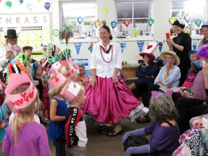 Mad Hatters Tea Party (2)