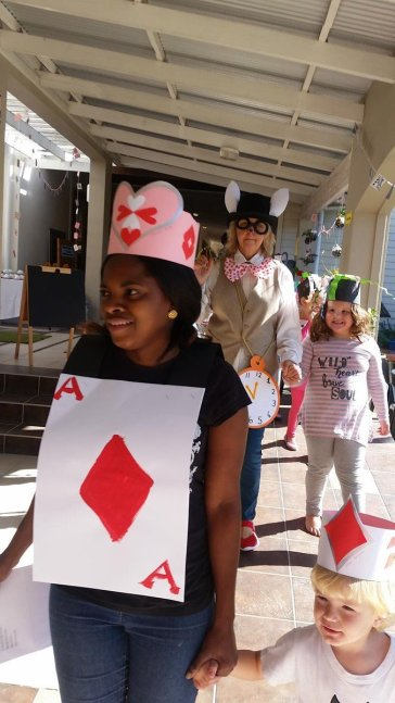 extra Mad Hatters Tea Party (4)