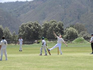 Fast bowler Josh Pieters challenging the Oakhill team (Copy)