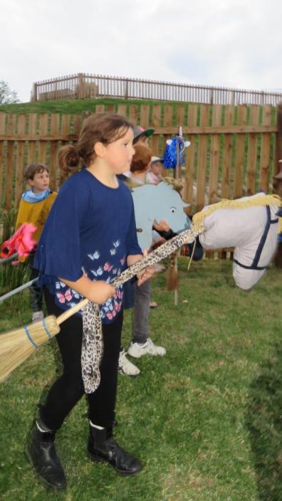 Litte Oaks Horses and Hats Derby (32)