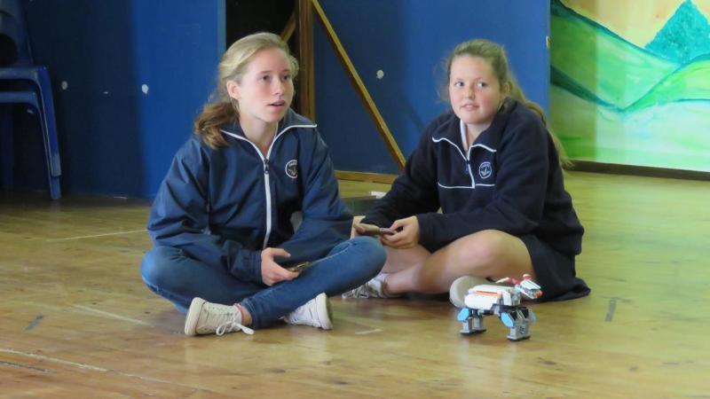 Grade 8 Robotics (1)