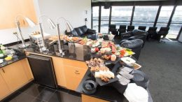 Oakland Luxuty Suite At Oracle Arena