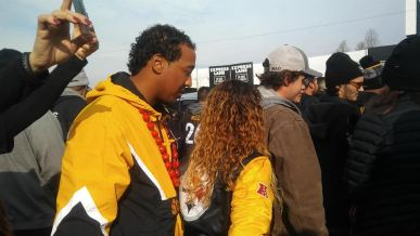Larry Leon At Steelers at Raiders Pict 1
