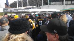 Larry Leon at Steelers at Raiders Pict 2