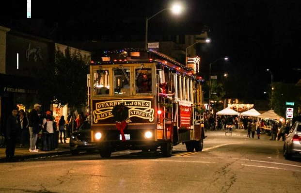 Oakland Event: 16th Annual Montclair Village Holiday Stroll This Thursday