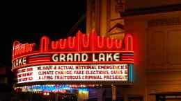 Grand Lake Theater Oakland Marquee