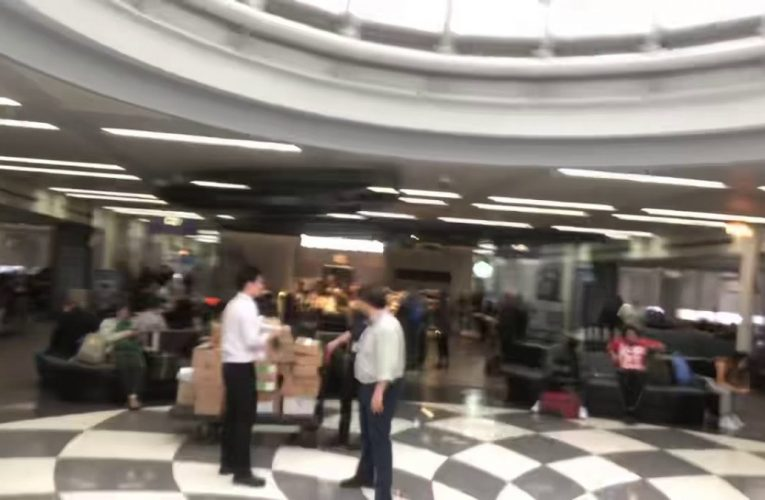 Starbucks Takes Over United Airlines O'Hare Airport Terminal
