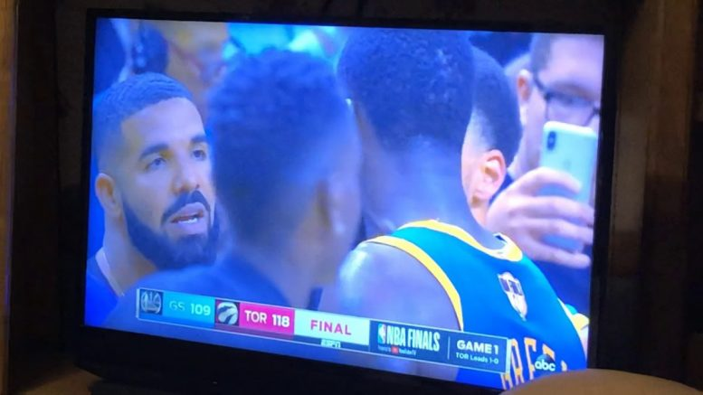 Drake Taunting Warriors Draymond Green Should Be Fine Against Raptors In Nba Finals