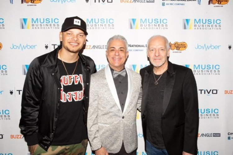 Kane Brown, Jim Donio and Peter Frampton Photo by Blue Sanders