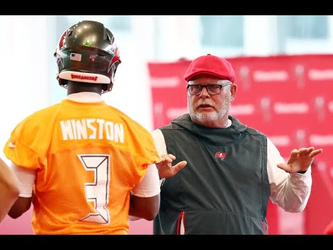Jameis Winston: Black NFL Players Say Bucs Should Keep Him, White Reporters Say No
