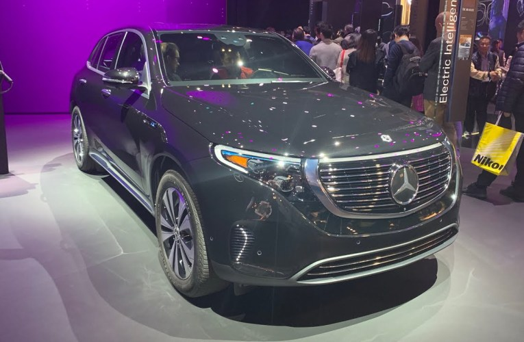 The Mercedes Benz Booth At CES Las Vegas 2020 Features Avitar And New SUV EQC 400 4Matic