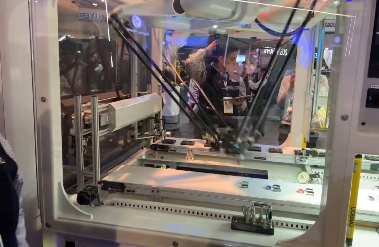 This OMRON Robot Assembly Machine At CES Las Vegas 2020 Is Scary Fast