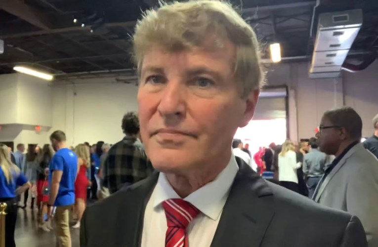 """Leigh Steinberg Welcomes You To 33rd Super Bowl Party 2020 Miami , Says """"GO BEARS"""""""