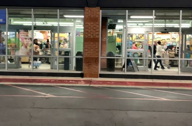 Kroger's Fayetteville Georgia Has Run On Food And Grocery Purchases Amid COVID-19 Fears