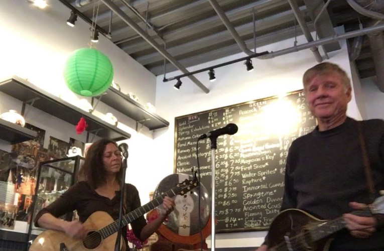 Elise And Steve Live Music From Sophie's Cuppa Tea, Montclair Oakland, CA, December 28, 2019