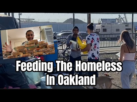 Feeding The Homeless In Oakland