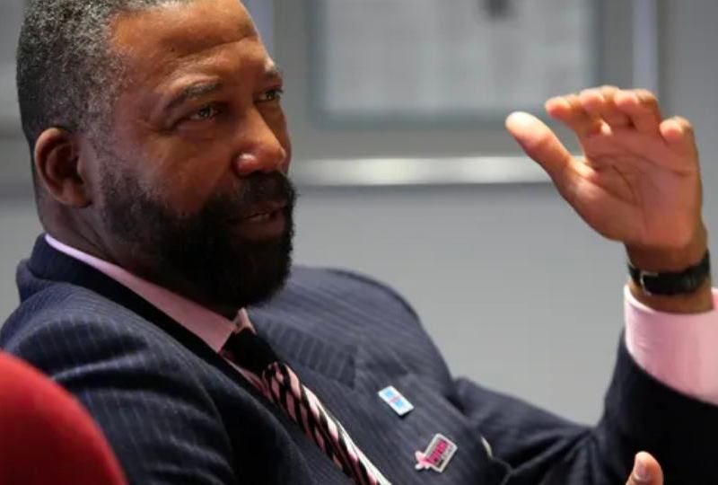 After George Floyd Defunding Police Won't Work Says Robert Bobb, Fmr Oakland City Administrator