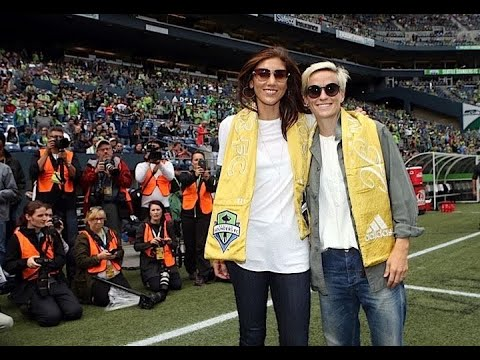 """Hope Solo, As Usual, Misunderstood – This Time Its """"Megan Rapinoe Bully Players Into Kneeling"""""""