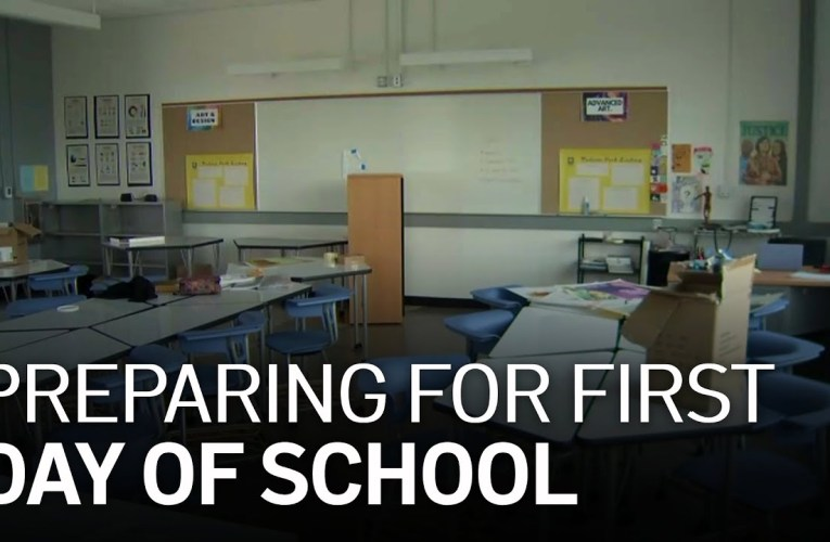 Oakland Unified Teachers Prepare Classrooms for First Day of School