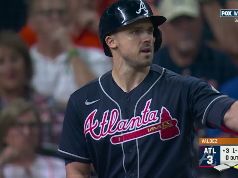 DUVALLL!!! Braves' Adam Duvall goes DEEP to make it 5-0 in World Series Game 1!