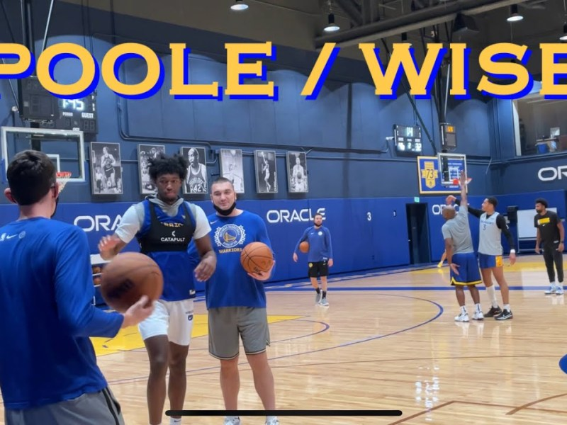 📺 Jordan Poole 3s while Wiseman celebrates, at Warriors training camp practice, day before Portland