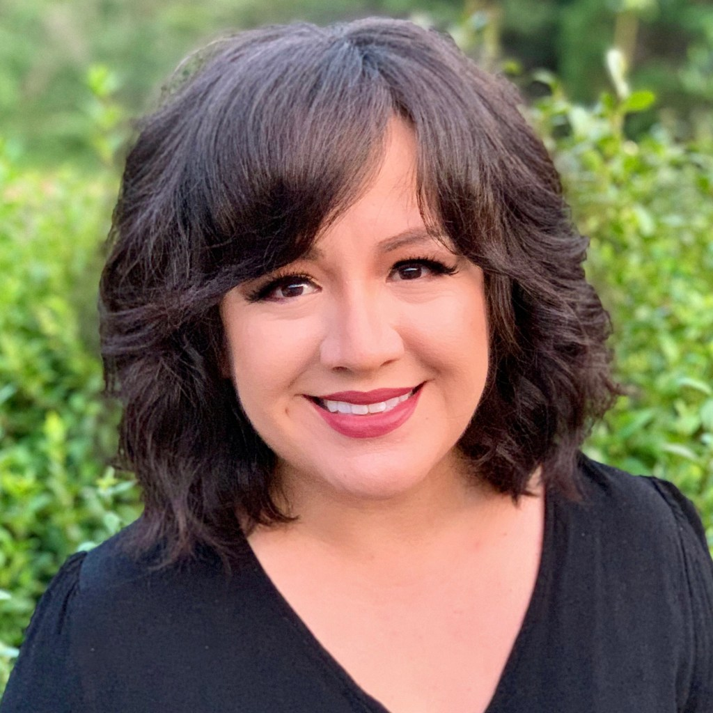 Azucena Rasilla headshot