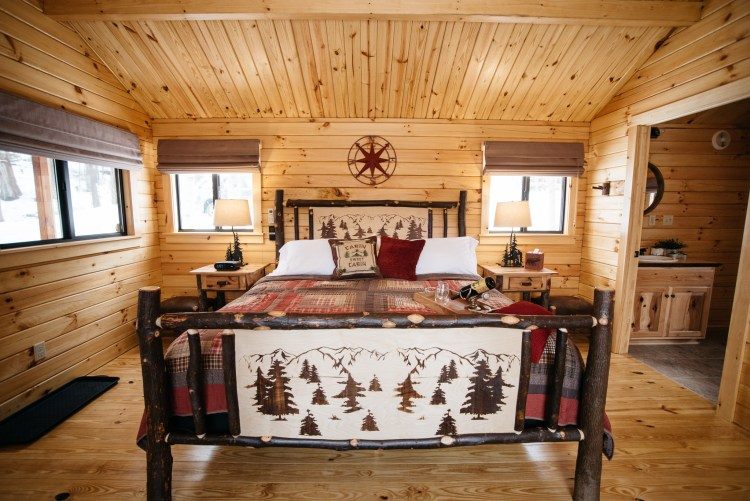 Cabin #1 King Bed