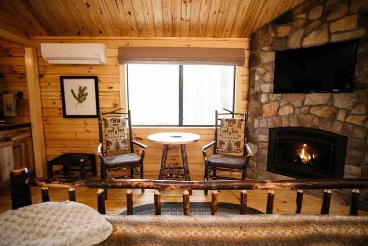 Cabin #14 Dinette