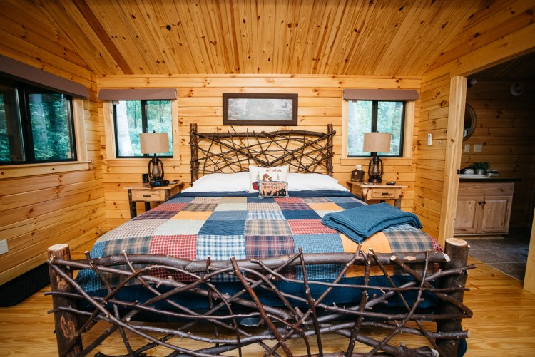 Cabin #6 King Bed