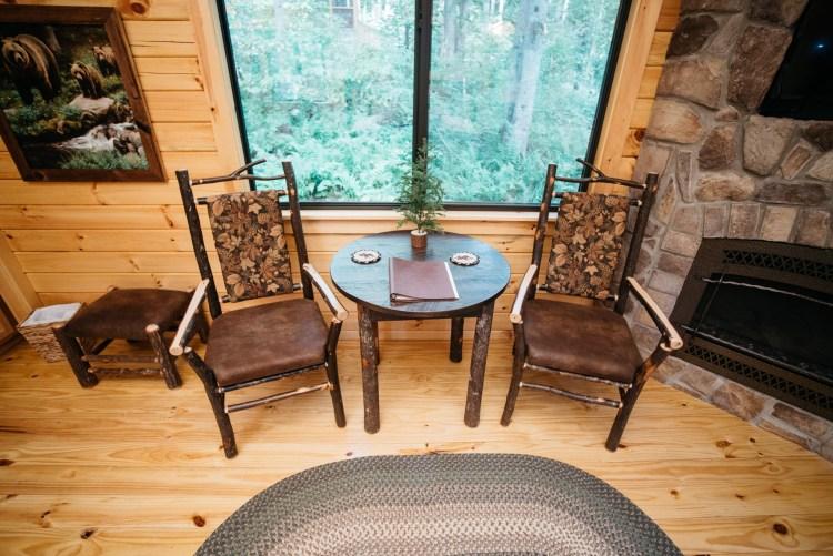 Cabin #15 Dinette