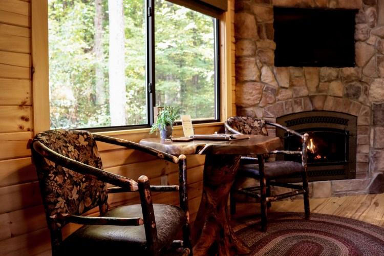 Cabin #7 Dinette