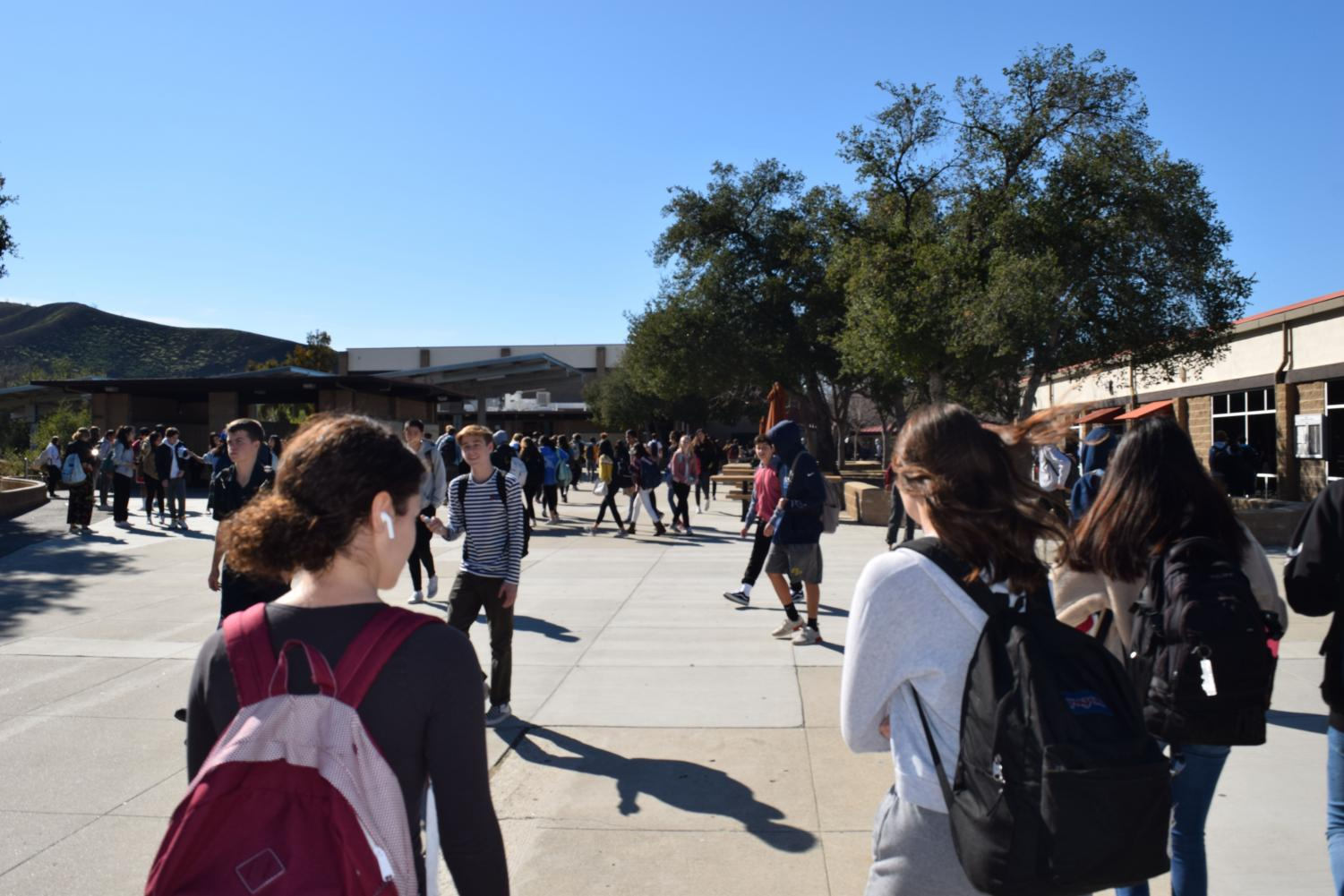 Students head towards the cafeteria during lunch. Oak Park High School wins Distinguished School award