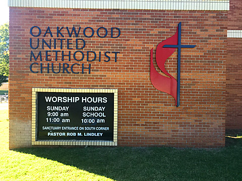 Oakwood United Methodist Church, Lubbock Texas, Worship Hours