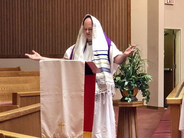 Maundy Thursday Ceremony, Rabbi at the Podium, Oakwood United Methodist Church, Lubbock Texas