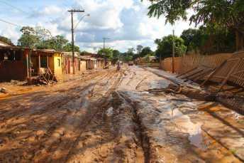 BRASILEIA APOS ENCHENTE-483