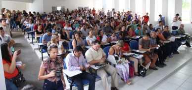 AUDIENCIA ACADEMICOS BRASILEIA_-8