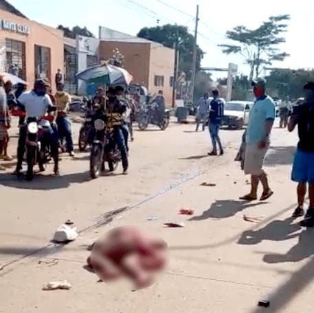 Caçamba passa por cima de jovem na cidade de Cobija que fica em estado crítico