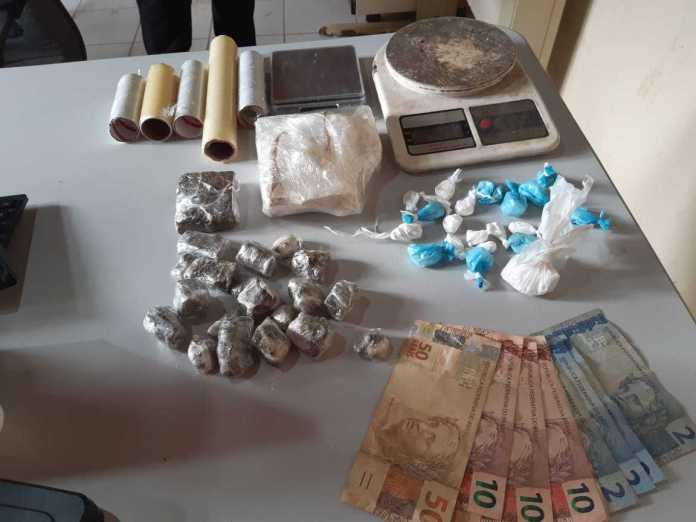 """""""Operação Limítrofes"""" prende quatro e apreende droga e arma em Epitaciolândia e Brasileia"""