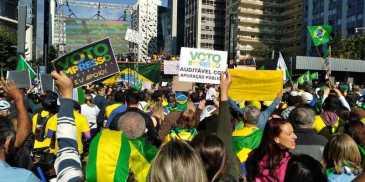 manifestante-pedem-voto-impresso-auditavel-em-sao-paulo